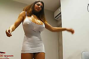 Holy Fuck The Tits On Her....