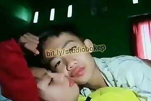 Bokep Indonesia - Remaja ABG - http://bit.ly/studiobokep