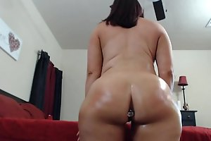 Worship This Jiggly Fat Oiled Ass