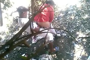 Indian aunty fucked outdoors