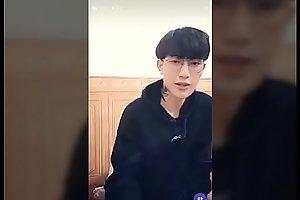 Hotboy ??p trai Jun Ho�_ng