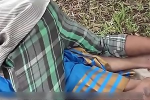 Indian supper Sexy townsperson Aunty sex at hand outdoor all round friend