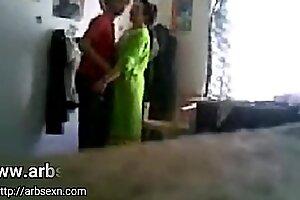 周囲の性交訪問を取り巻く彼の兄弟妻のアーティキュレーションは、皮をむき続けるxvideos arbsexn x-videos.club