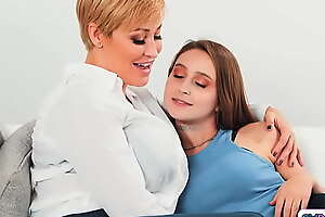 Stepmom and stepteen facesit babysitter