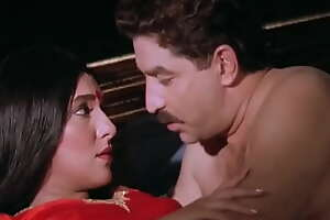 Wife cheated and shooted husband when caught bollywood scene
