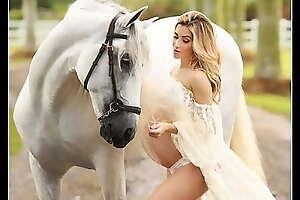 Get Huge Like HORSE Hypnosis